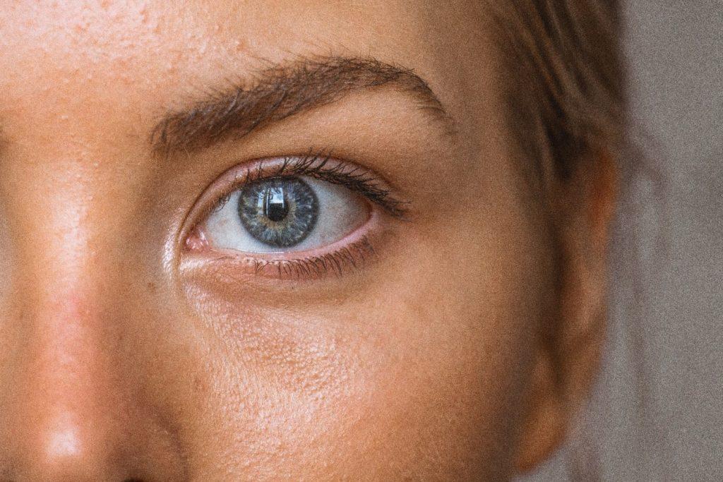 pierde greutatea sub ridurile ochilor pierderea în greutate ceai curat